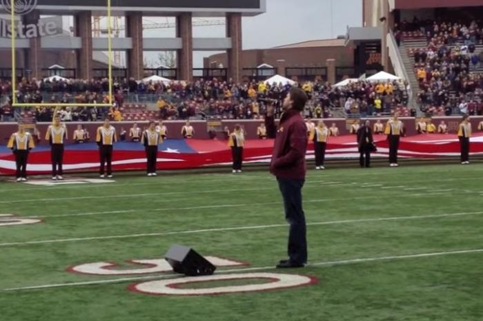 Ben Utecht Sings the National Anthem at Minnesota Gopher Football Game